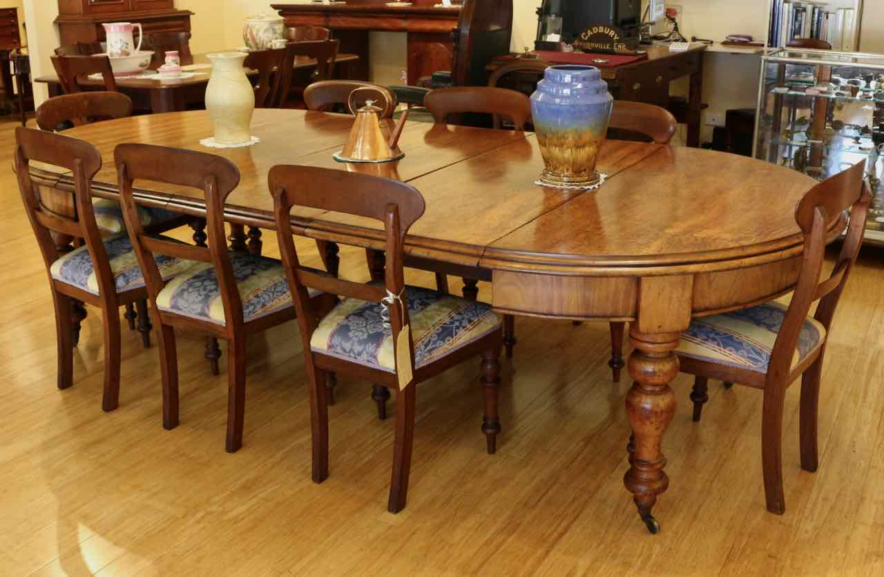 antique australian cedar dining table | the merchant of welby