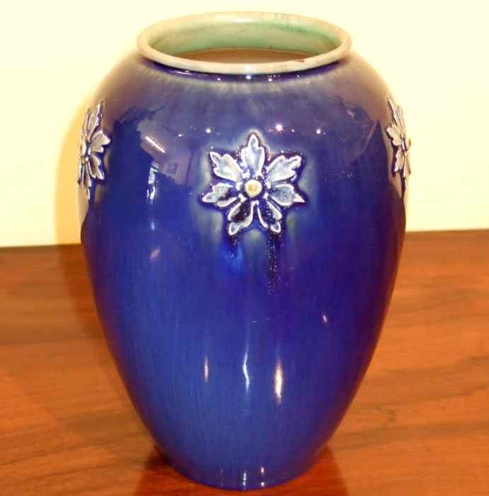 Royal Doulton Vase The Merchant Of Welby