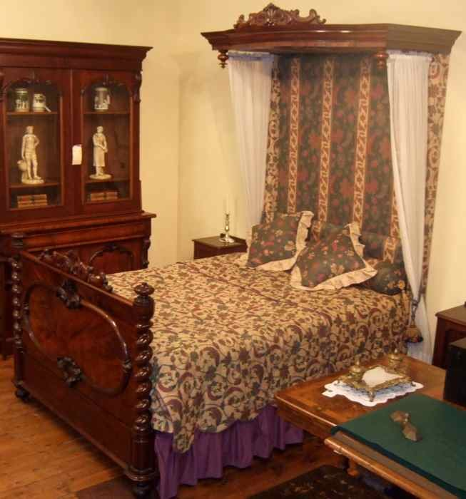 Victorian Mahogany Half Tester Bed The Merchant Of Welby